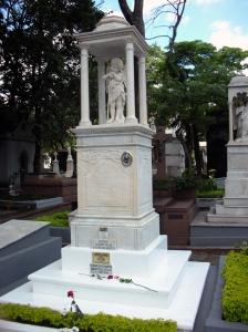 Túmulo da Marquesa de Santos no Cemitério da Consolação, São Paulo